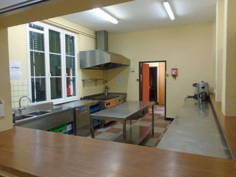 Salle des fêtes - cuisine